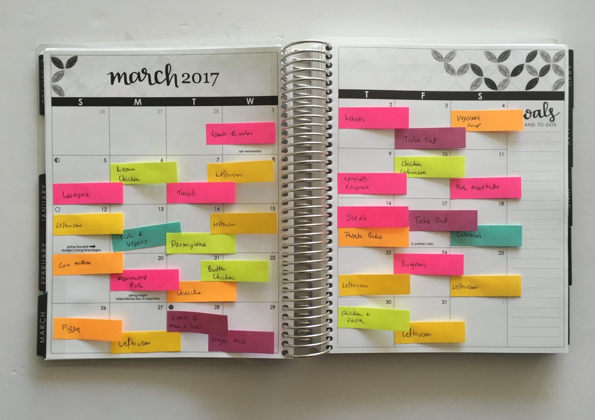 Color Coded Monthly Meal Planning Using Sticky Notes (With