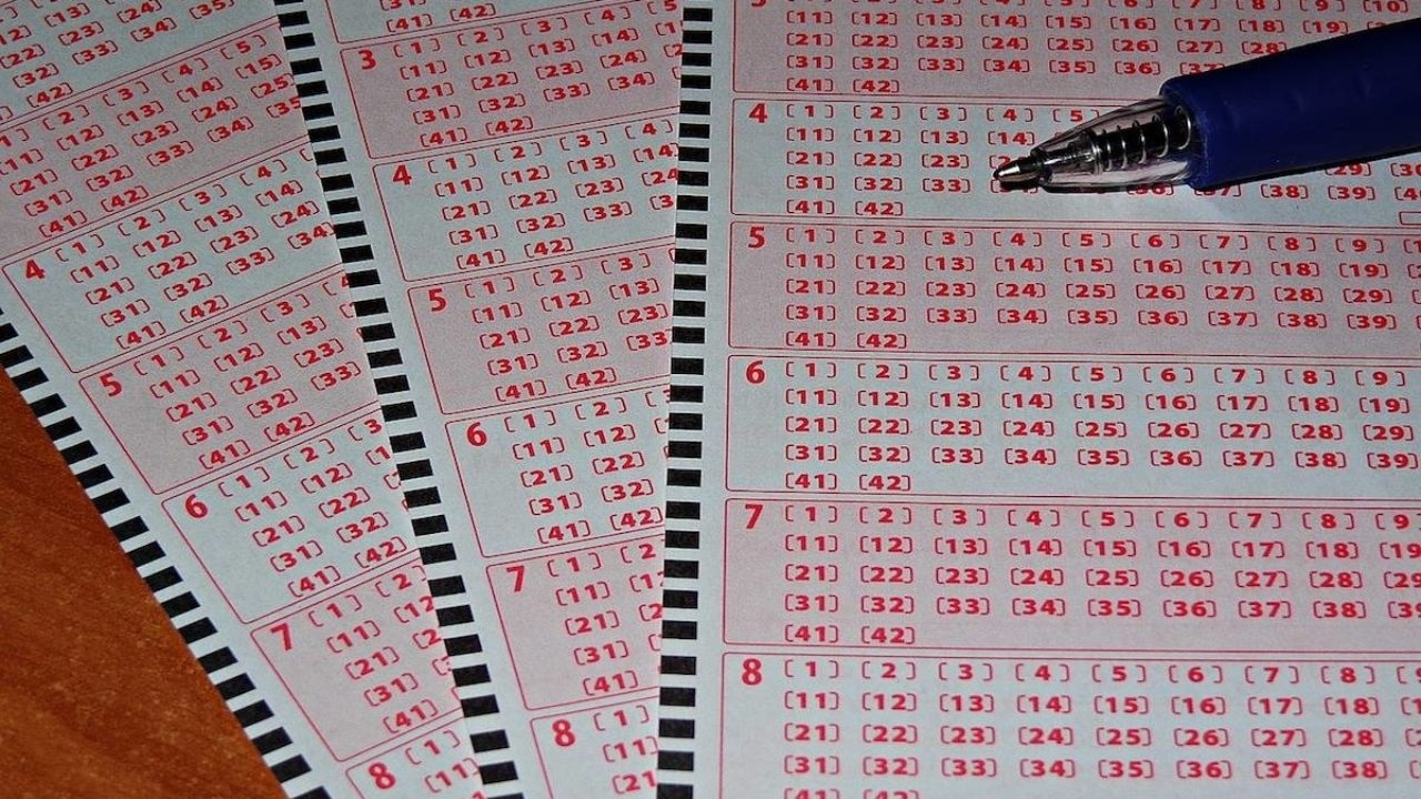 Unemployed U.s. Man Wins $273 Million After Lost Lotto