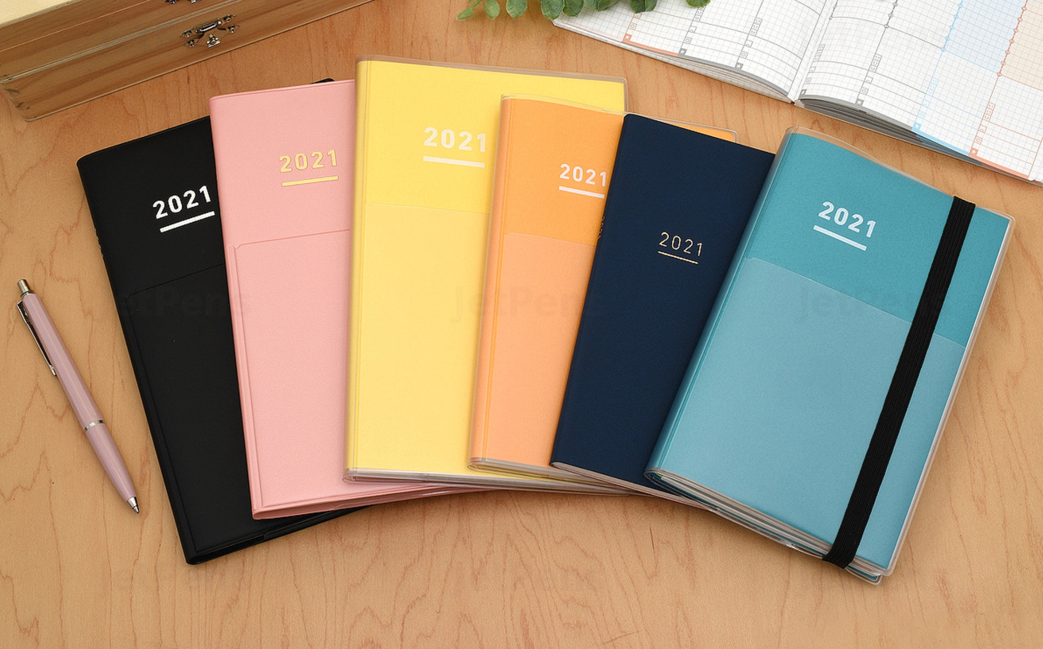 24 Best Planners For 2021, According To Productivity Experts
