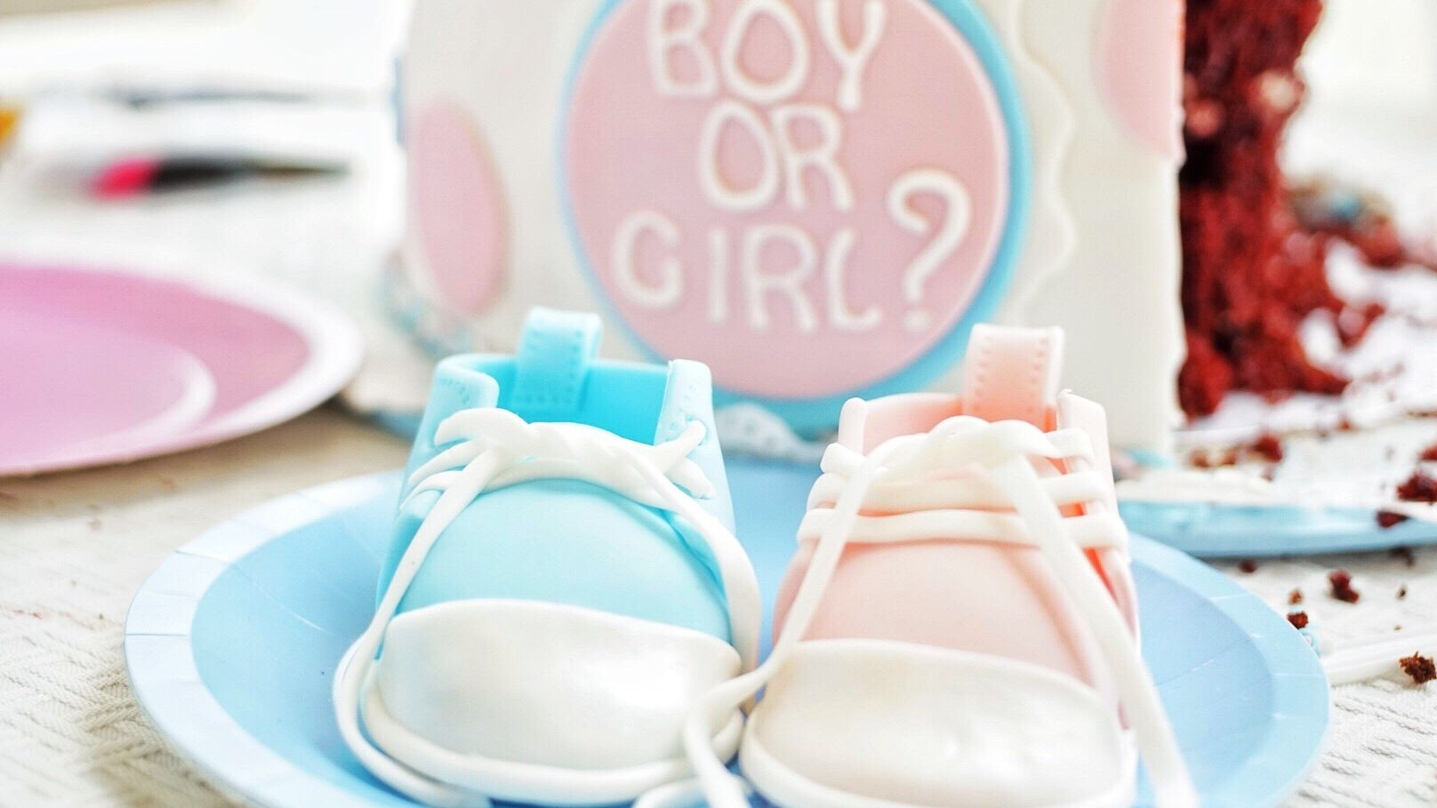9 Gender Reveal Party Games To Keep Them Guessing