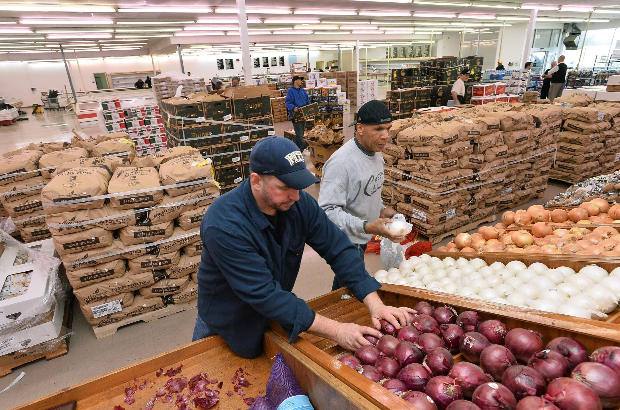 Spc/Erie County Farms: New Store Built On Old Idea - News