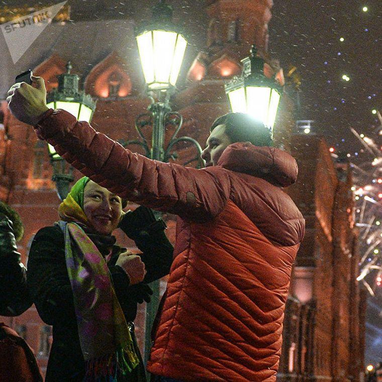 Año Nuevo Ruso, Un Brindis Por Cada Huso Horario