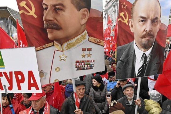 La Revolucion Soviética Y La «Ambigüedad» Del Kremlin