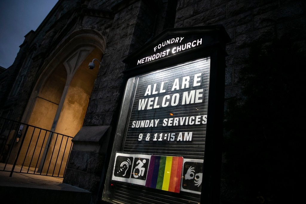 Methodist Church Planning Of Alter And Banner Choices By